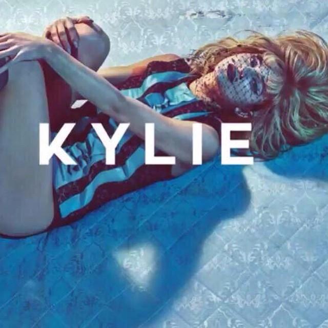 Kylie Jenner – Love Magazine
