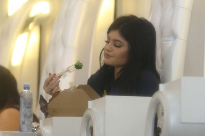Kylie Jenner at Nail Bar and Beauty Lounge -04