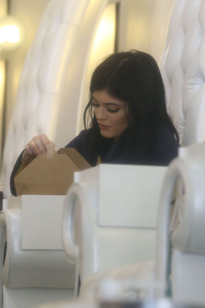 Kylie Jenner at Nail Bar and Beauty Lounge -12