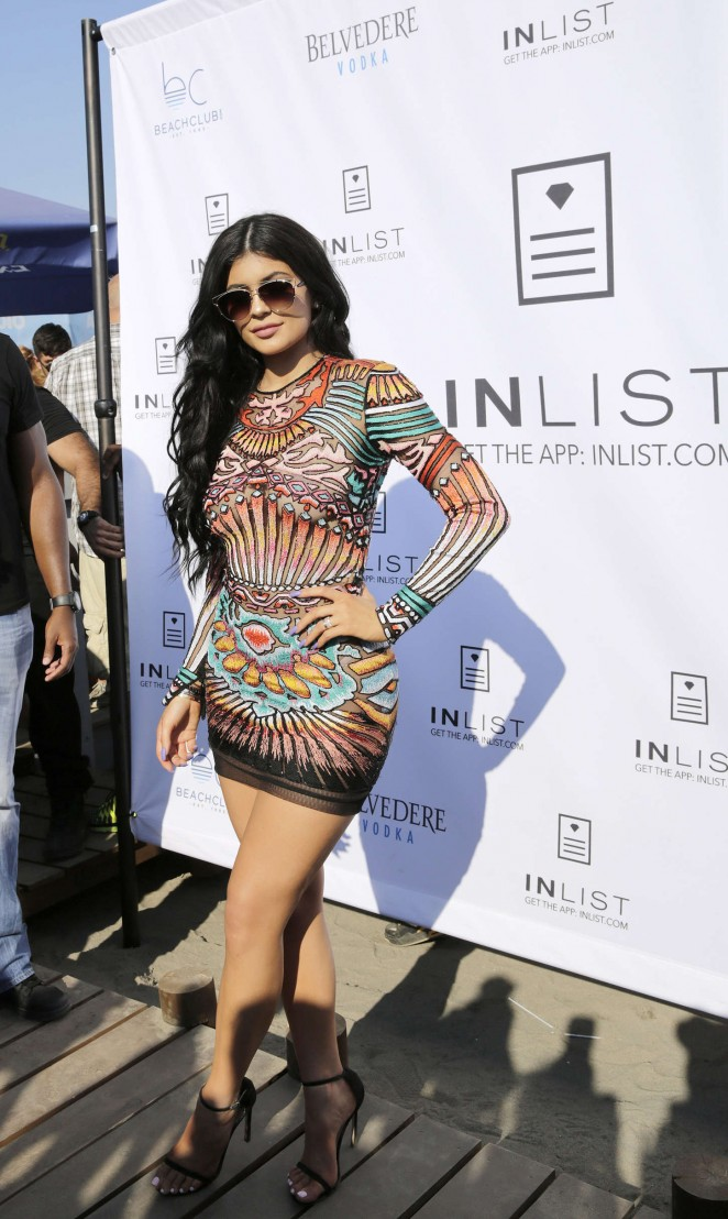 Kylie-Jenner:-Nlist-Official-18-Birthday