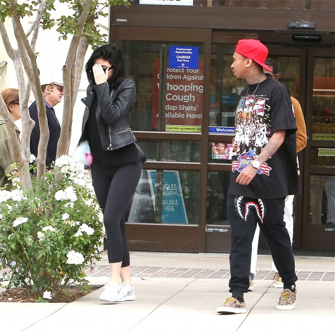Kylie Jenner in Tight Leggings -11