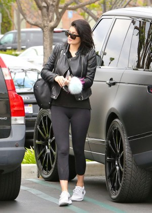 Kylie Jenner in Tight Leggings -28