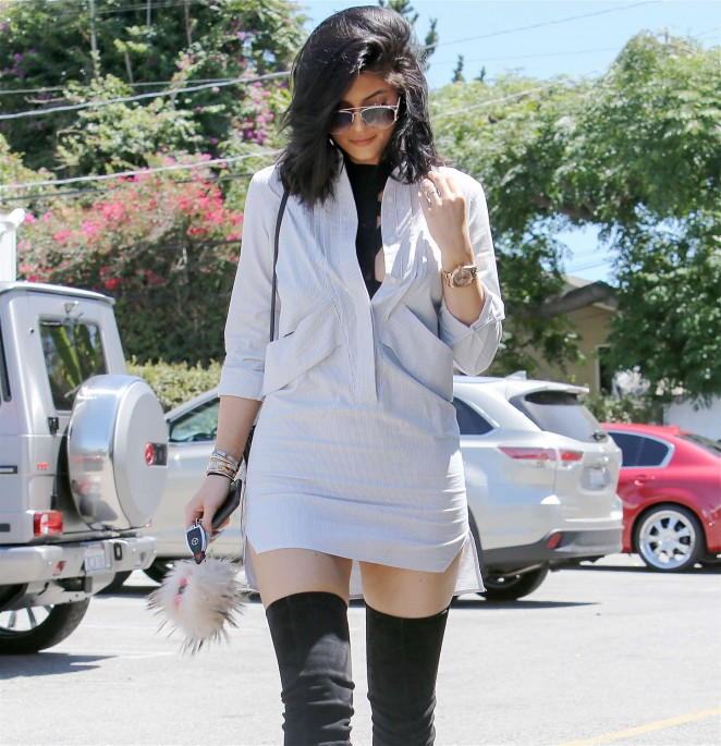 Kylie Jenner 2015 : Kylie Jenner in Mini Dress -10
