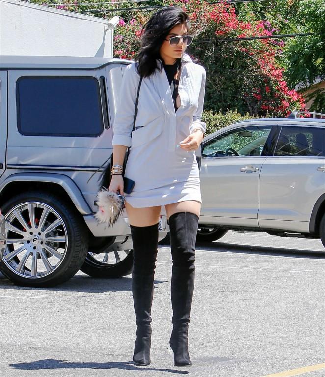 Kylie Jenner 2015 : Kylie Jenner in Mini Dress -12