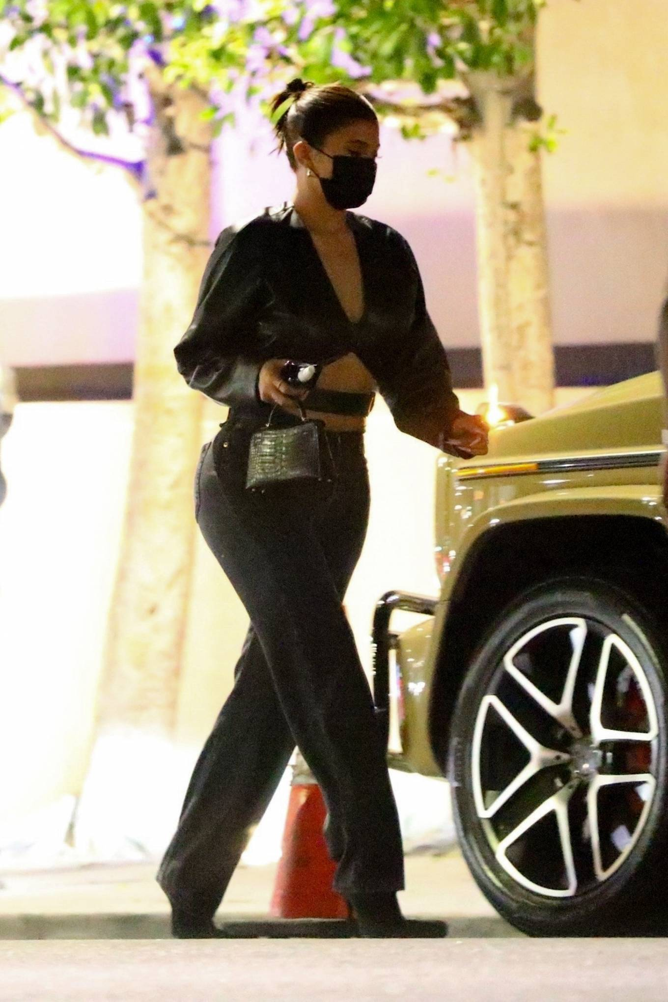 Kylie Jenner 2020 : Kylie Jenner – Out with her friend Yris Palmer at Nobu in Los Angeles-20