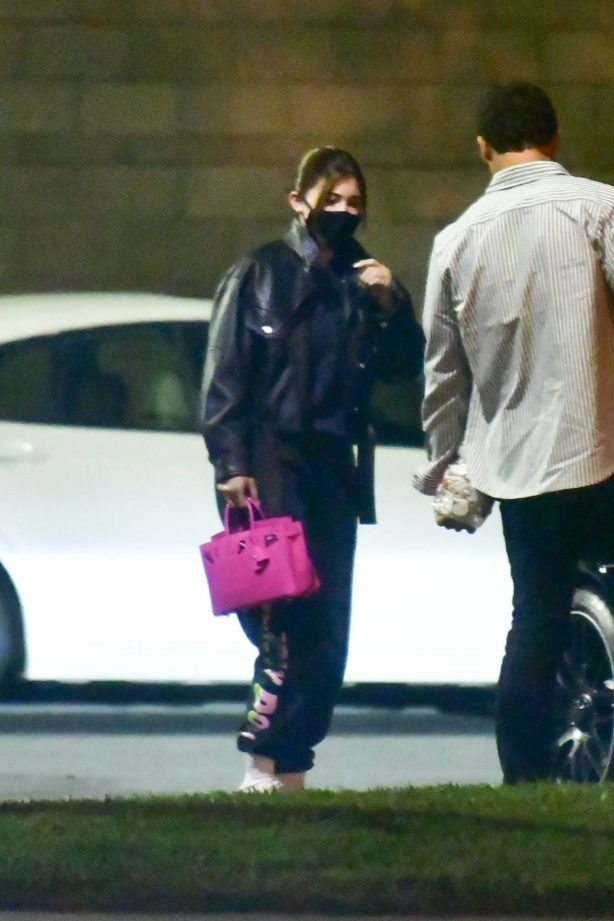 Kylie Jenner - Seen at private terminal at LAX in Los Angeles