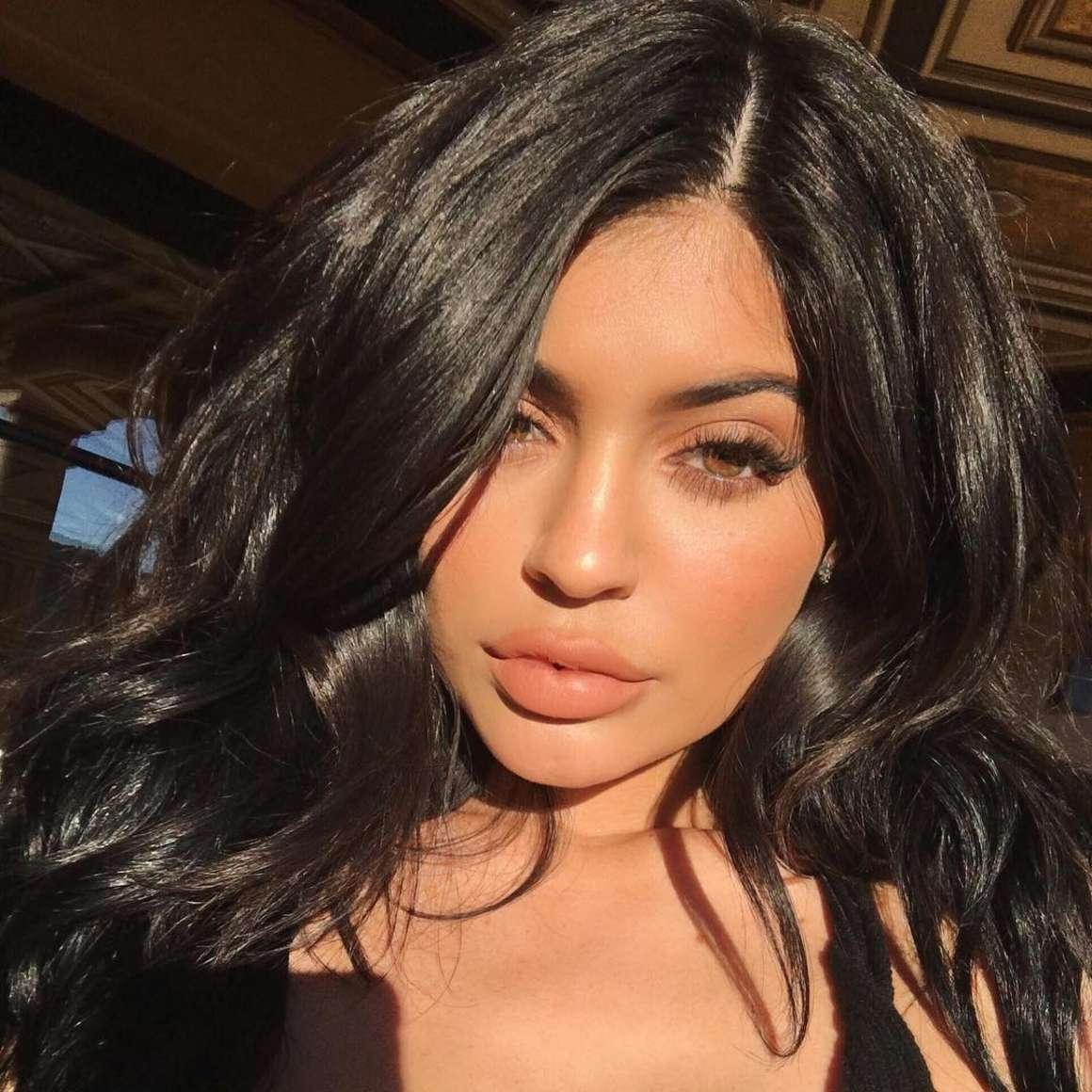 Kylie Jenner Social Media Indian Girls Villa Celebs