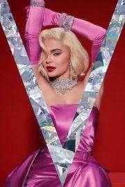 Kylie Jenner – V Magazine photoshoot