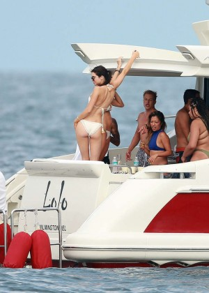 Kylie, Kendall Jenner and Hailey Baldwin: Bikini Candids at Yacht in Mexico-15
