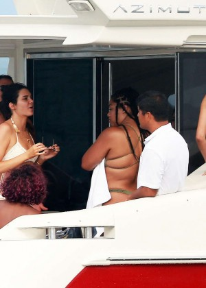 Kylie, Kendall Jenner and Hailey Baldwin: Bikini Candids at Yacht in Mexico-23