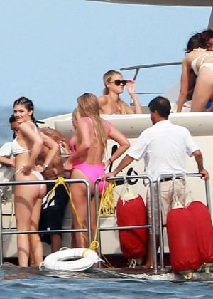 Kylie, Kendall Jenner and Hailey Baldwin: Bikini Candids at Yacht in Mexico-24