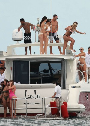 Kylie, Kendall Jenner and Hailey Baldwin: Bikini Candids at Yacht in Mexico-25