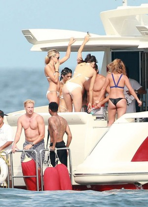 Kylie, Kendall Jenner and Hailey Baldwin: Bikini Candids at Yacht in Mexico-32