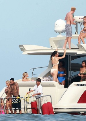 Kylie, Kendall Jenner and Hailey Baldwin: Bikini Candids at Yacht in Mexico-46
