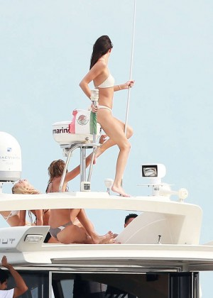 Kylie, Kendall Jenner and Hailey Baldwin: Bikini Candids at Yacht in Mexico-48