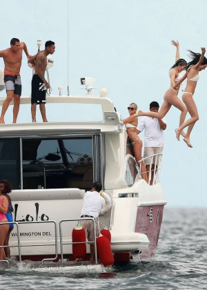 Kylie, Kendall Jenner and Hailey Baldwin: Bikini Candids at Yacht in Mexico-56