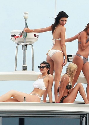 Kylie, Kendall Jenner and Hailey Baldwin: Bikini Candids at Yacht in Mexico-59