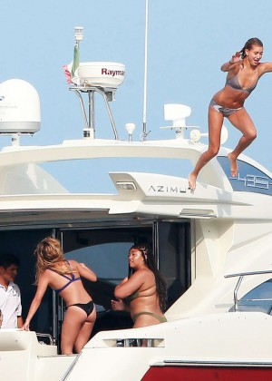 Kylie, Kendall Jenner and Hailey Baldwin: Bikini Candids at Yacht in Mexico-61