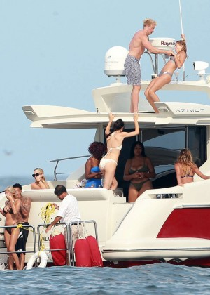 Kylie, Kendall Jenner and Hailey Baldwin: Bikini Candids at Yacht in Mexico-78