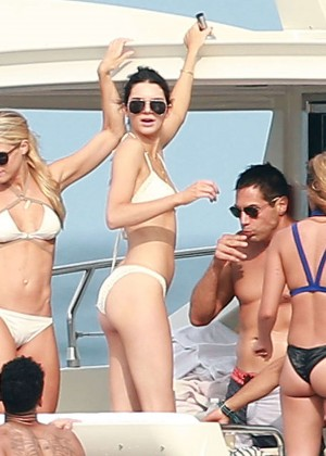 Kylie, Kendall Jenner and Hailey Baldwin: Bikini Candids at Yacht in Mexico-82