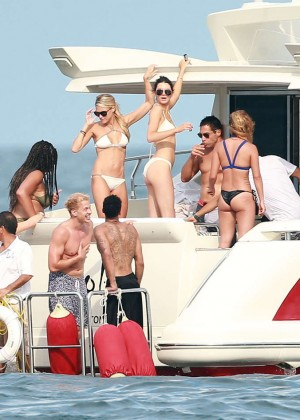 Kylie, Kendall Jenner and Hailey Baldwin: Bikini Candids at Yacht in Mexico-83
