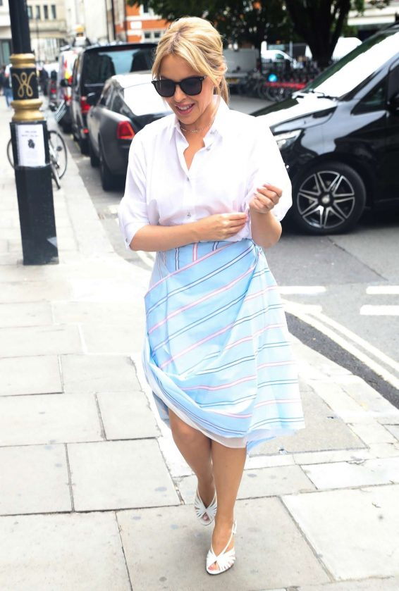 Kylie Minogue 2019 : Kylie Minogue – Arrives at Kiss FM in London-02