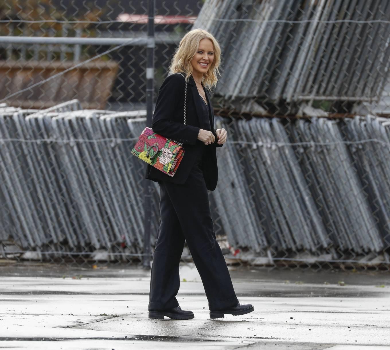 Kylie Minogue 2021 : Kylie Minogue – arrives at Risk Sound Recording Studios in Port Melbourne-28