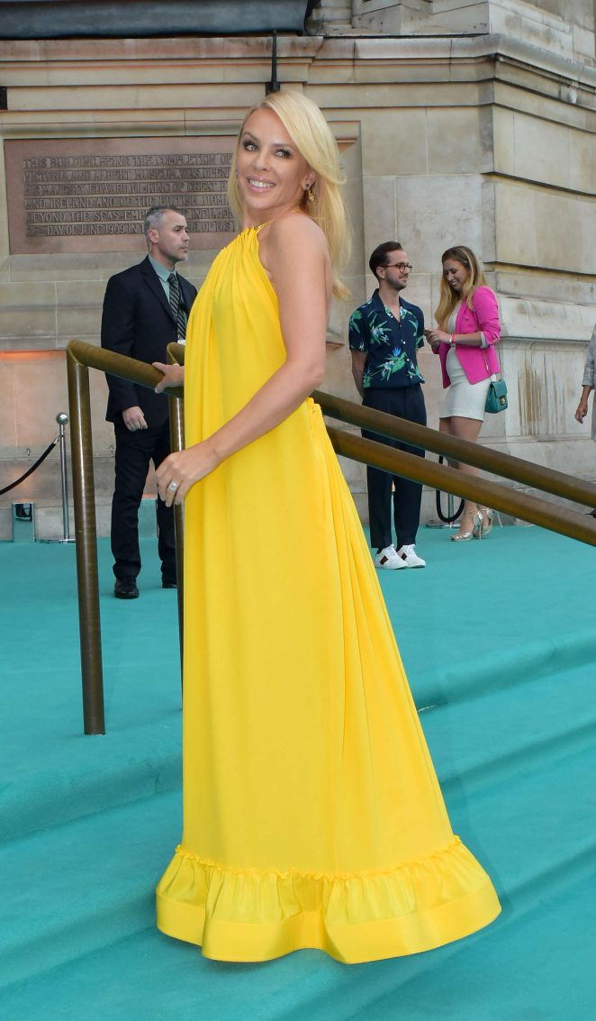 Kylie Minogue - Arriving at the Victoria and Albert Museum Summer Party in London
