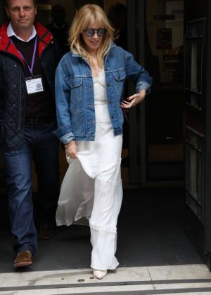 Kylie Minogue - Exits the BBC Radio Studios in London