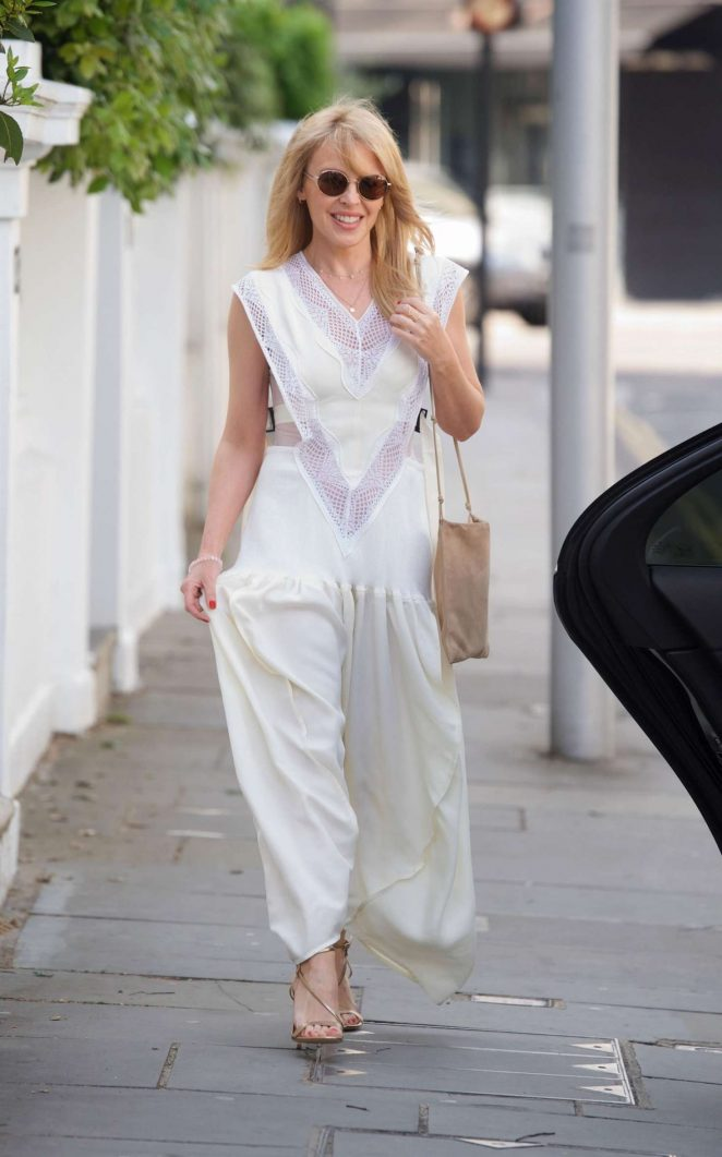 Kylie Minogue - Going to the Chiltern Firehouse in London