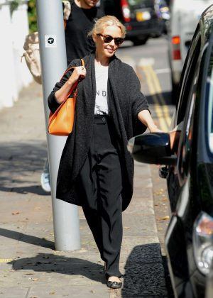 Kylie Minogue in Black Out in London