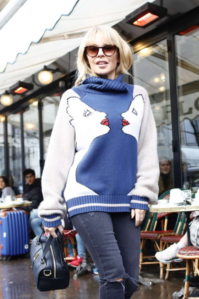 Kylie Minogue in Ripped Jeans out in Paris