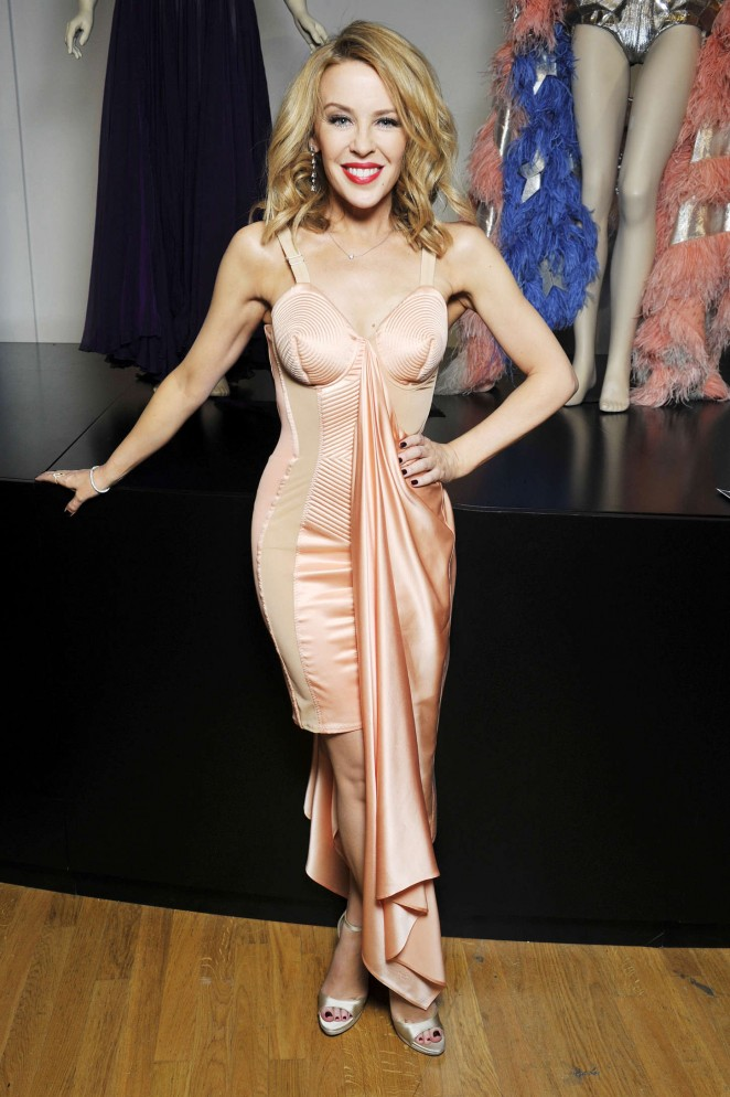 "Kylie Minogue - ""Jean Paul Gaultier Exhibition"" Photocall in Paris"