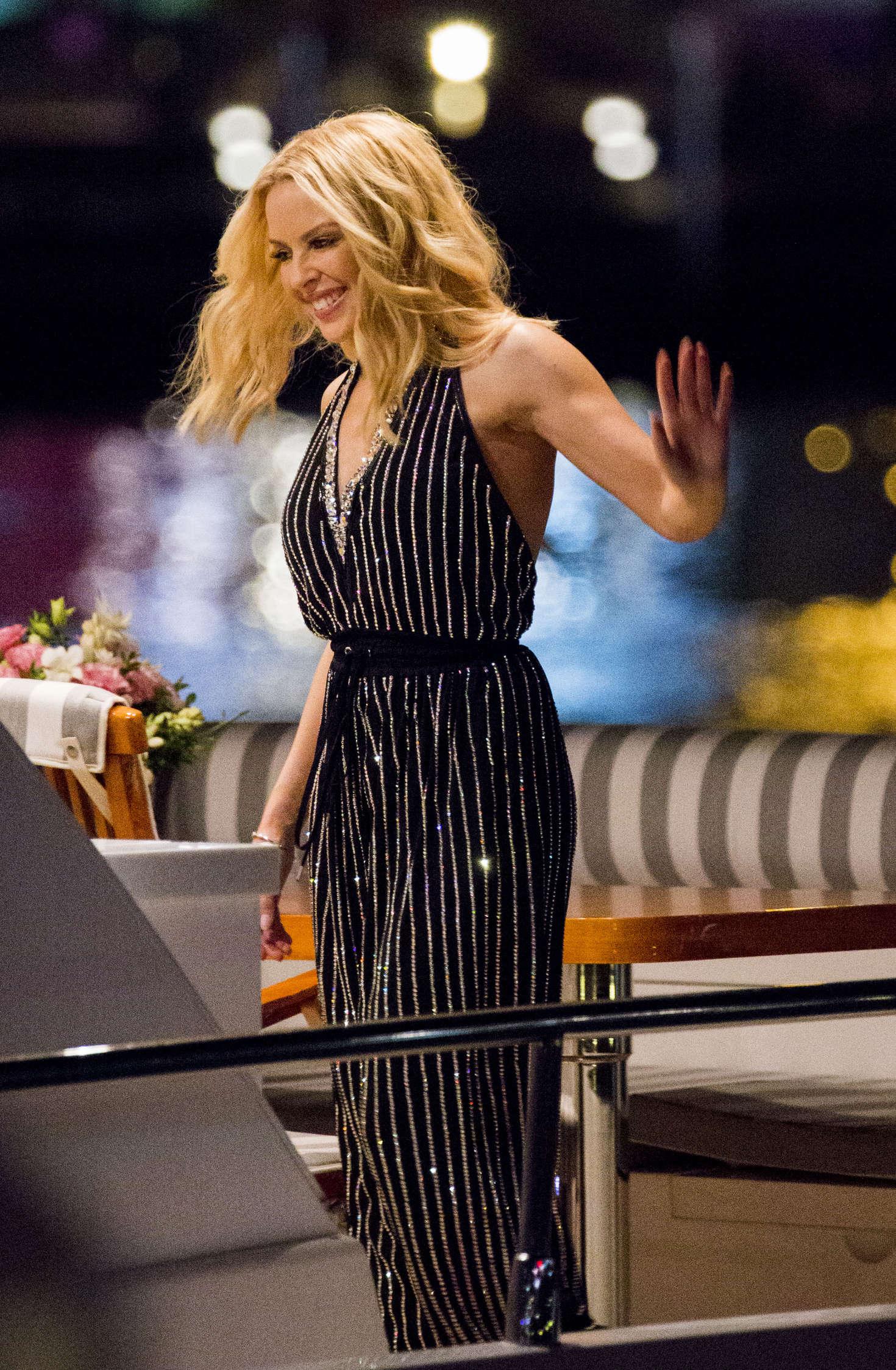 Kylie Minogue - Leaves the Qatar Airways Event in Sydney