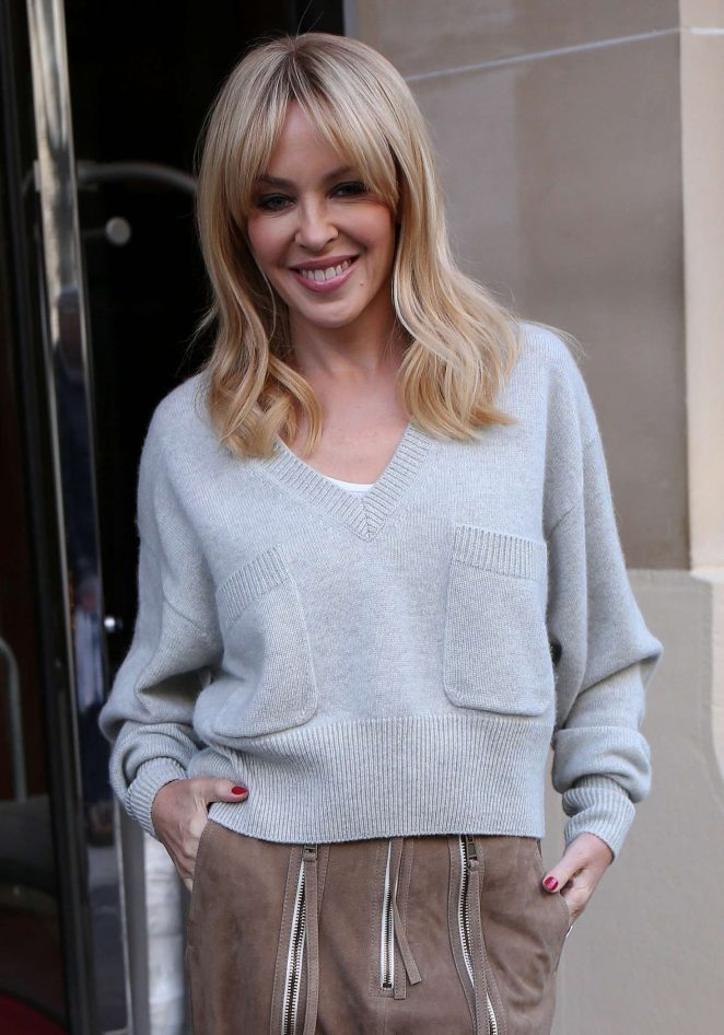 Kylie Minogue - Leaves the Royal Monceau Hotel in Paris