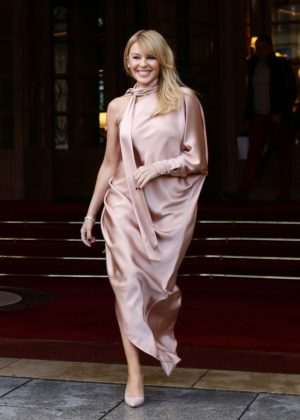 Kylie Minogue - Leaving the Ritz Hotel in Paris