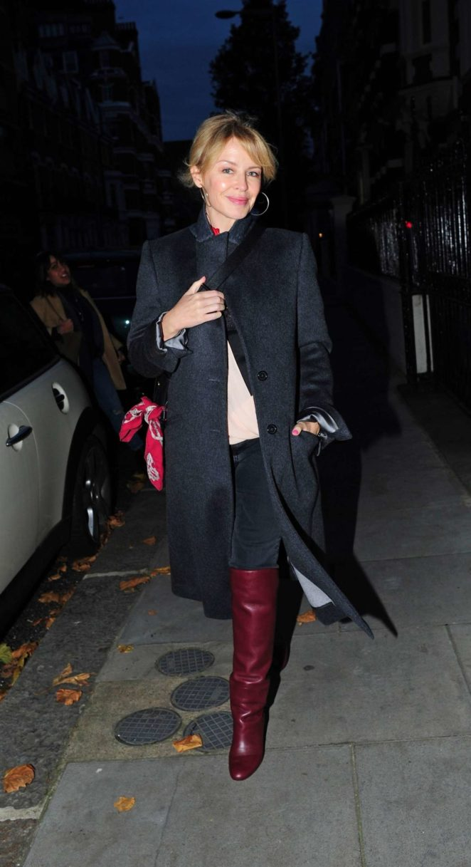 Kylie Minogue out in Chelsea