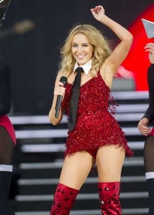 Kylie Minogue: British Summer Time Festival 2015 -10