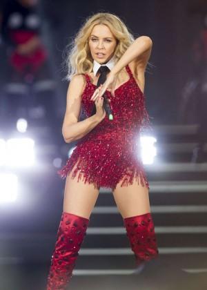 Kylie Minogue: British Summer Time Festival 2015 -13