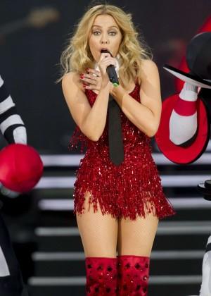 Kylie Minogue: British Summer Time Festival 2015 -24