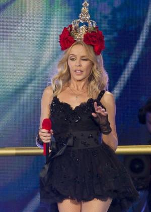Kylie Minogue: British Summer Time Festival 2015 -32