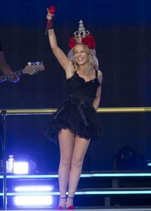 Kylie Minogue: British Summer Time Festival 2015 -33