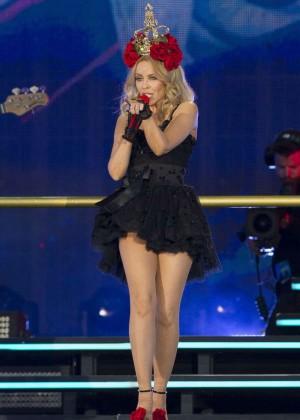 Kylie Minogue: British Summer Time Festival 2015 -35
