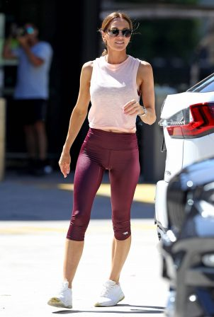 Kyly Clarke - Wearing yoga leggings in Sydney