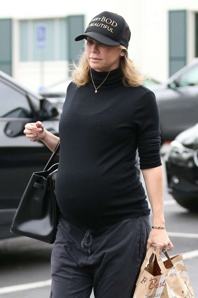 Kym Johnson – Shopping at Bristol Farms in Beverly Hills