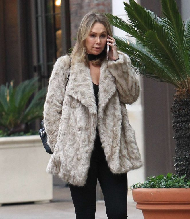 Kym Johnson - Shopping at the Grove in Los Angeles