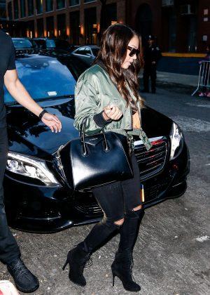 La La Anthony - Leaves Kim Kardashian's AirBnB home in New York