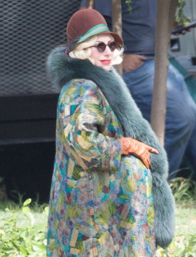 Ladu Gaga - Filming 'American Horror Story: Hotel' in LA