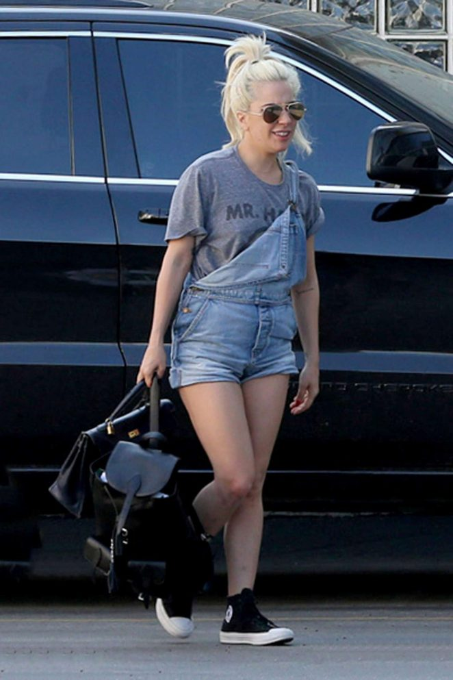 Lady Gaga arrives at recording studio in Los Angeles
