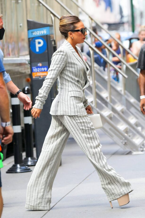 Lady Gaga - Enters Radio City Music Hall for rehearsals in New York